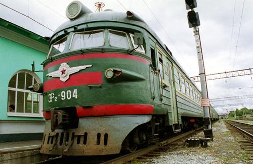 ...Новосибирской области Василия Юрченко вернуть поездам, связывающих Новосибирск и Кемерово, статус пригородных.