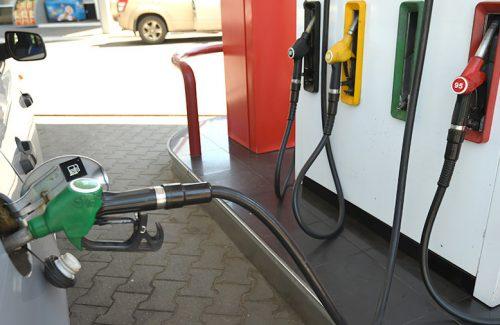 Роста цен на бензин ожидают к концу лета