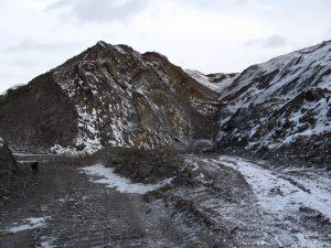 IMG 4323 300x225 В Новокузнецке обнаружили подпольный угольный разрез