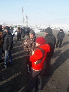 64f557cae943e6370fd4deda64973715 225x300 Дорога разреза Березовский снова заблокирована жителями. Полиция начала аресты и задержания