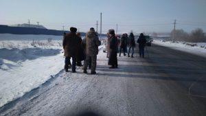 6c8c6b17836af286ff35ae5f5fdb5b52 300x169 Дорога разреза Березовский снова заблокирована жителями. Полиция начала аресты и задержания