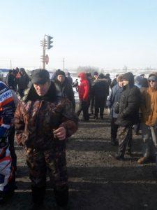 b4c42dae17bb8fb4c95d4a36fea120f9 225x300 Дорога разреза Березовский снова заблокирована жителями. Полиция начала аресты и задержания