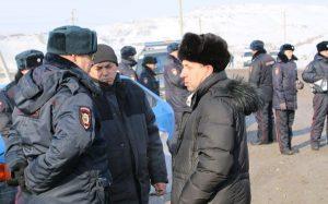 berezoff 18 2 3 300x187 Блокирование разреза Берёзовский: задержано пять человек(+8)