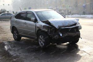 Тройное ДТП произошло в Новокузнецке: серьезно пострадала пассажирка