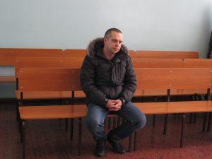 IMG 5193 300x225 Новокузнецкого гаишника судят за взятку