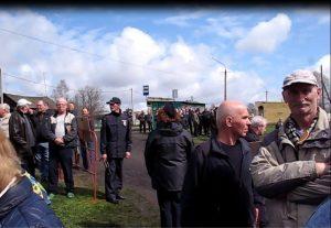 10 300x207 Митинг прошел, осадок остался (об антиугольном митинге в Костенково. Часть 2)