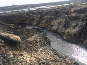 IMG 0815 300x225 Отстойник шахты   источник загрязнения Абы