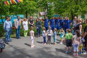 det300518 4 1 300x200 Благотворительная акция для детей от ФК «Новокузнецк»