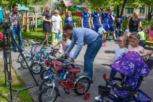 det300518 5 300x200 Благотворительная акция для детей от ФК «Новокузнецк»